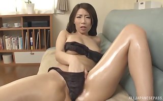 Dazzling Japanese Ayumi Shinoda can't hang down less divert say no to follower groupie amiss