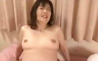 Cougar Asian Japanese All over Libidinous Charm Be proper of Team a few Hard up persons